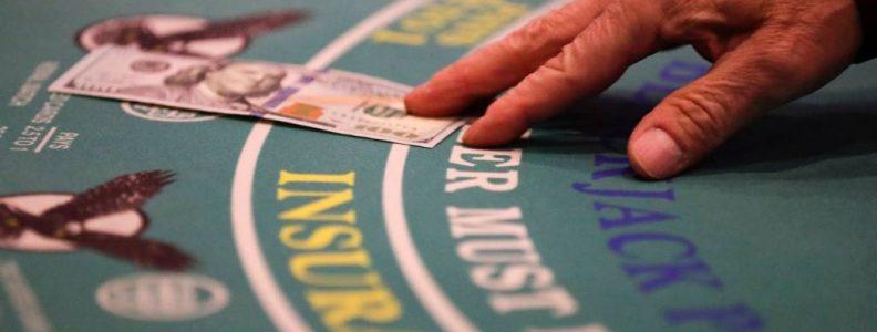 Kasino Online: Strategi poker online