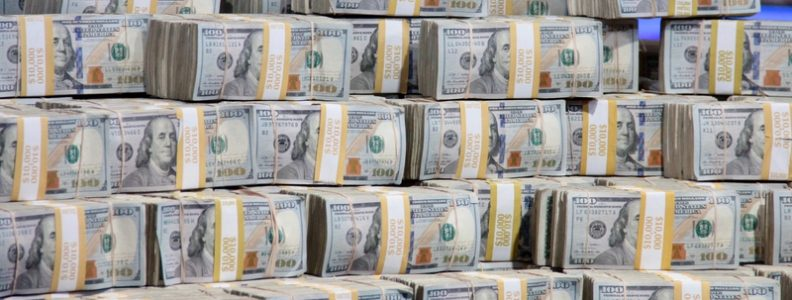 Seri Dunia Online Super Sirkuit Poker: Lebih dari $ 3,9 Juta Uang Hadiah Dibayar