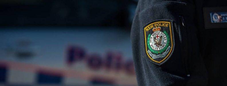 Shotgun, mesin poker, dan obat terlarang yang disita di Central Coast; pria ditagih | Newcastle Herald